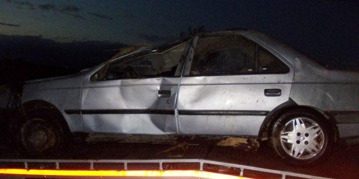 Dopravná nehoda vozidla Peugeot 405 za obcou Zemplínska Široká