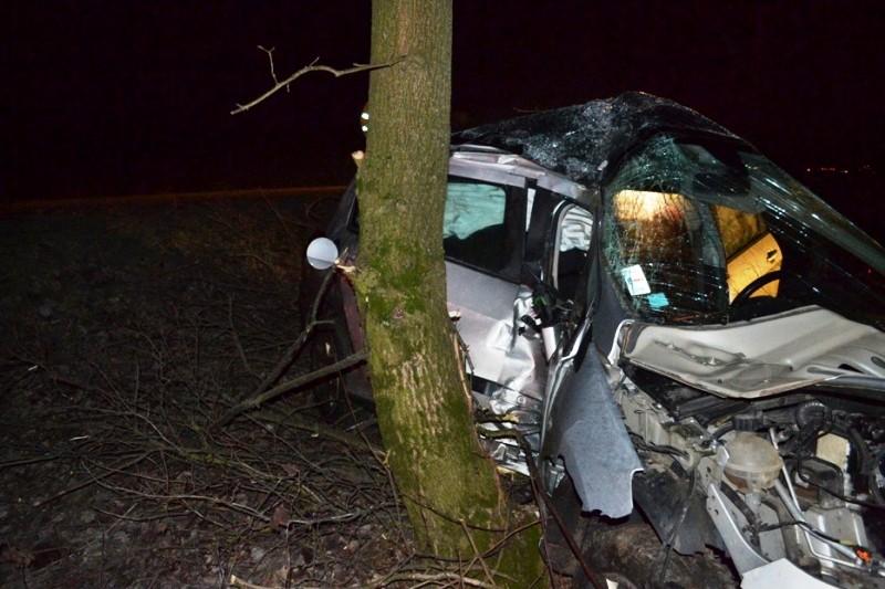 Dopravná nehoda vozidla Peugeot 308 pred obcou Zbudza