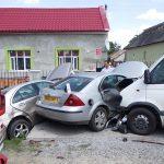 Dopravná nehoda troch vozidiel v obci Budkovce