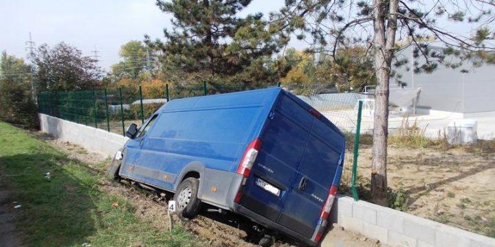 Dopravná nehoda vozidla Citroen Jumper v Michalovciach